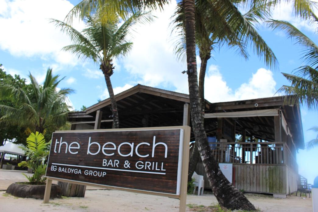 南国グアムを存分に堪能できるビーチバー「the Beach(ザ・ビーチ)」