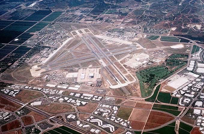 エルトロ海兵隊航空基地