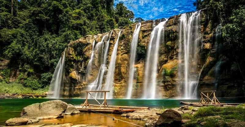 Tinuy-an Fall、フィリピン