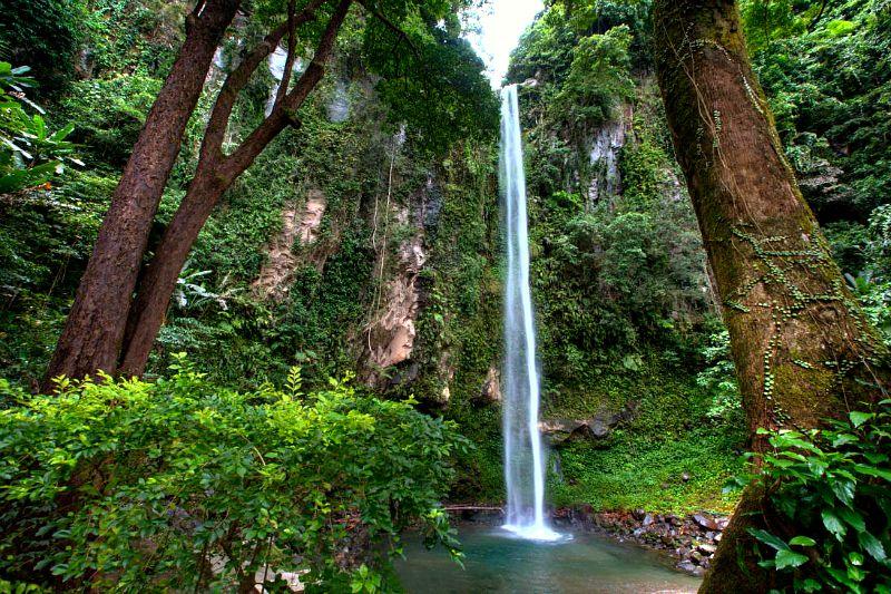 Katibawasan Falls、フィリピン