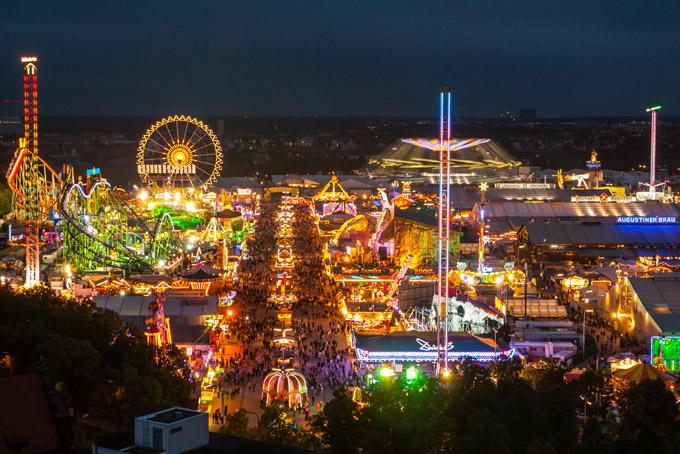 遊園地、オクトーバーフェスト、ドイツ