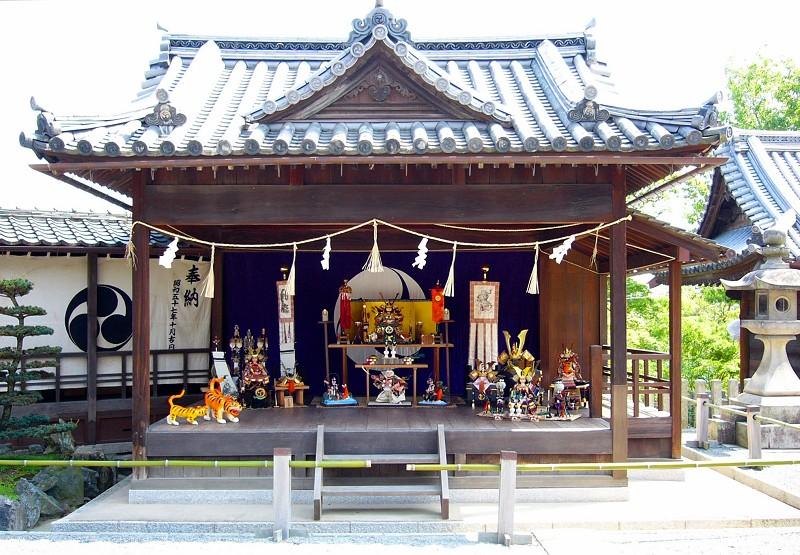 「藤まつり」が行われる阿智神社