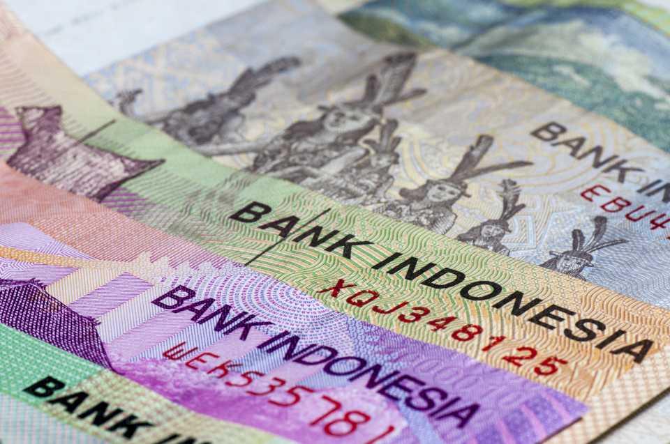 旅行時に必要な外国通貨の両替と送金の仕方