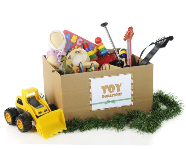 おもちゃ箱に入ったおもちゃ