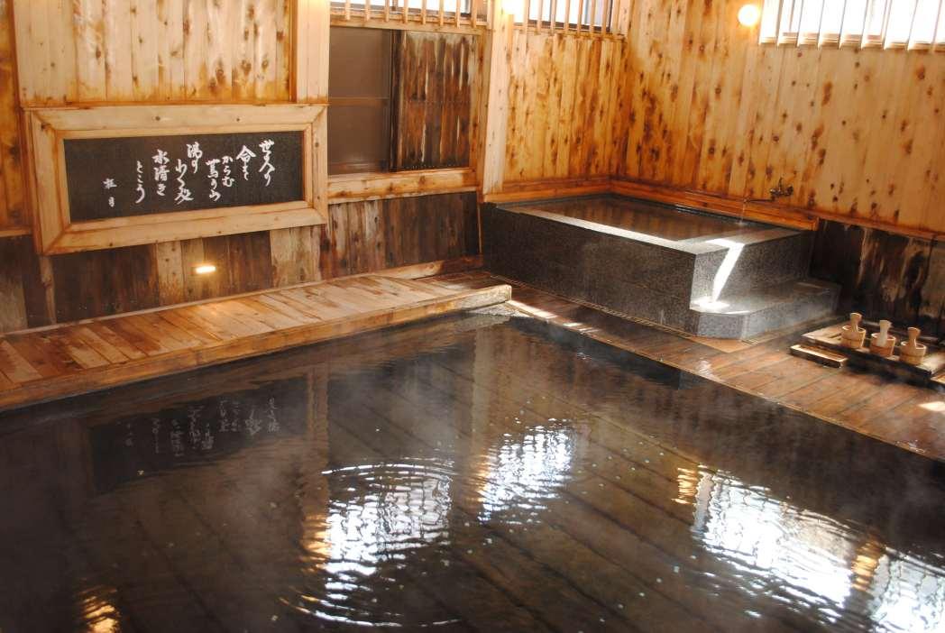 蔦温泉旅館の温泉浴場