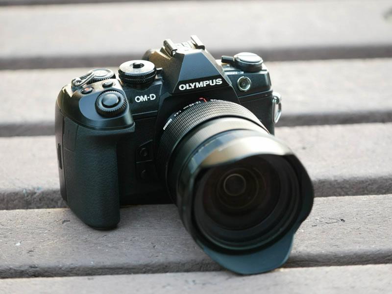 レンズの種類も豊富なミラーレス一眼カメラ