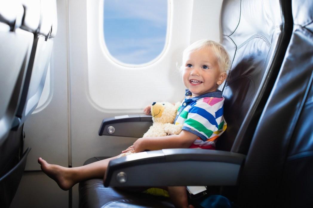 機内でより快適に過ごすために知っておきたい、エコノミー症候群になる原因と予防方法