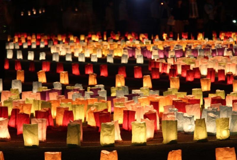 4万個の灯明が福岡の秋の夜を照らす「博多灯明ウォッチング 2017」