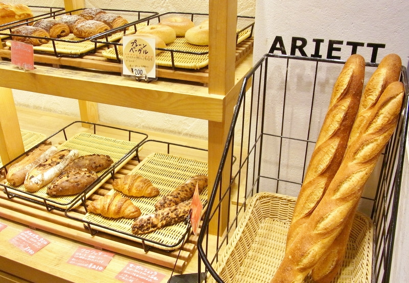 パンは飾り立てず、素材の味が楽しめる