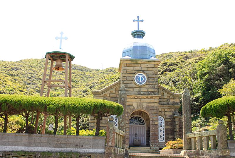 「頭ヶ島の集落」にある日本国内では珍しい石造りの教会「頭ヶ島天主堂」