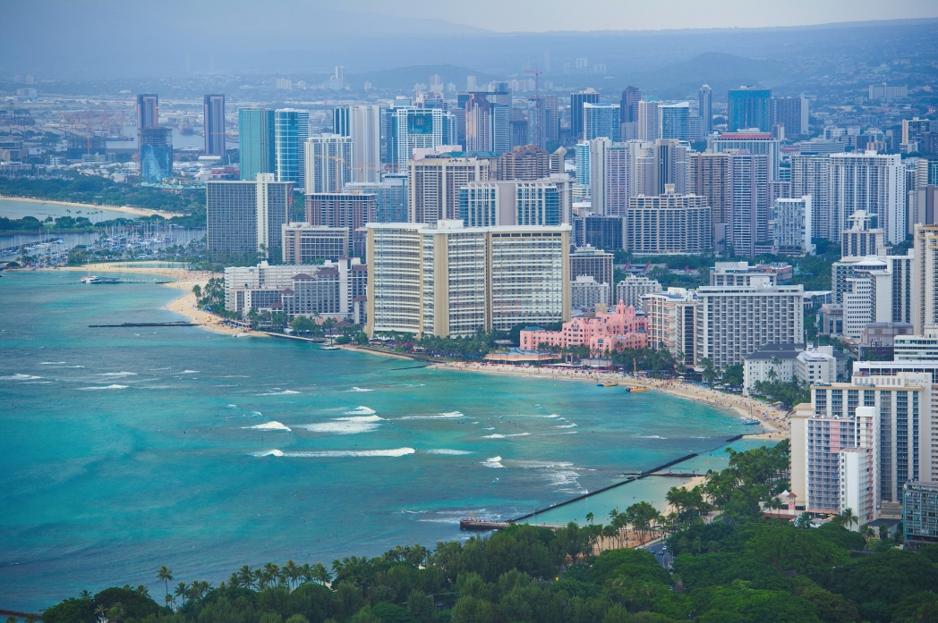ハワイの一大観光都市ホノルルが、さらに賑やかになる「JALホノルルマラソン2017」