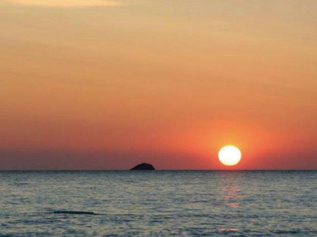 カラ・コンタ・ビーチから見るサンセット