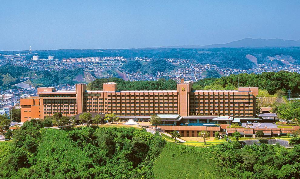 立地抜群の「城山観光ホテル」