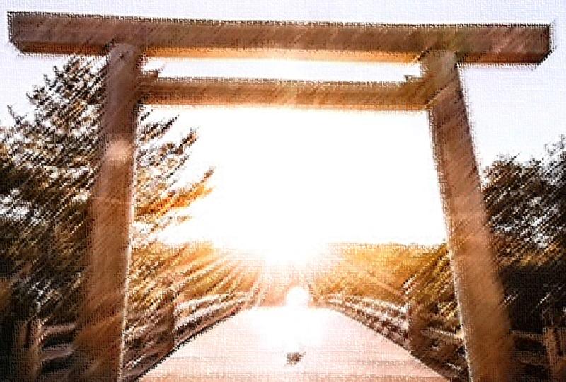 内宮宇治橋の大鳥居から昇る美しい日の出