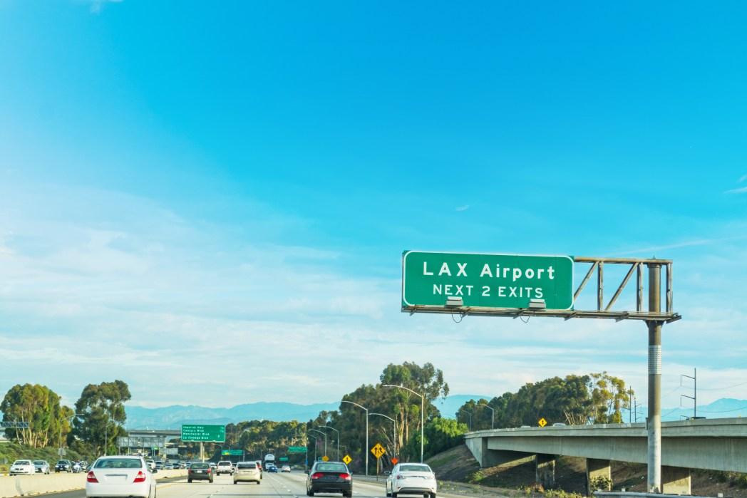 ロサンゼルス国際空港からダウンタウンまでのアクセス