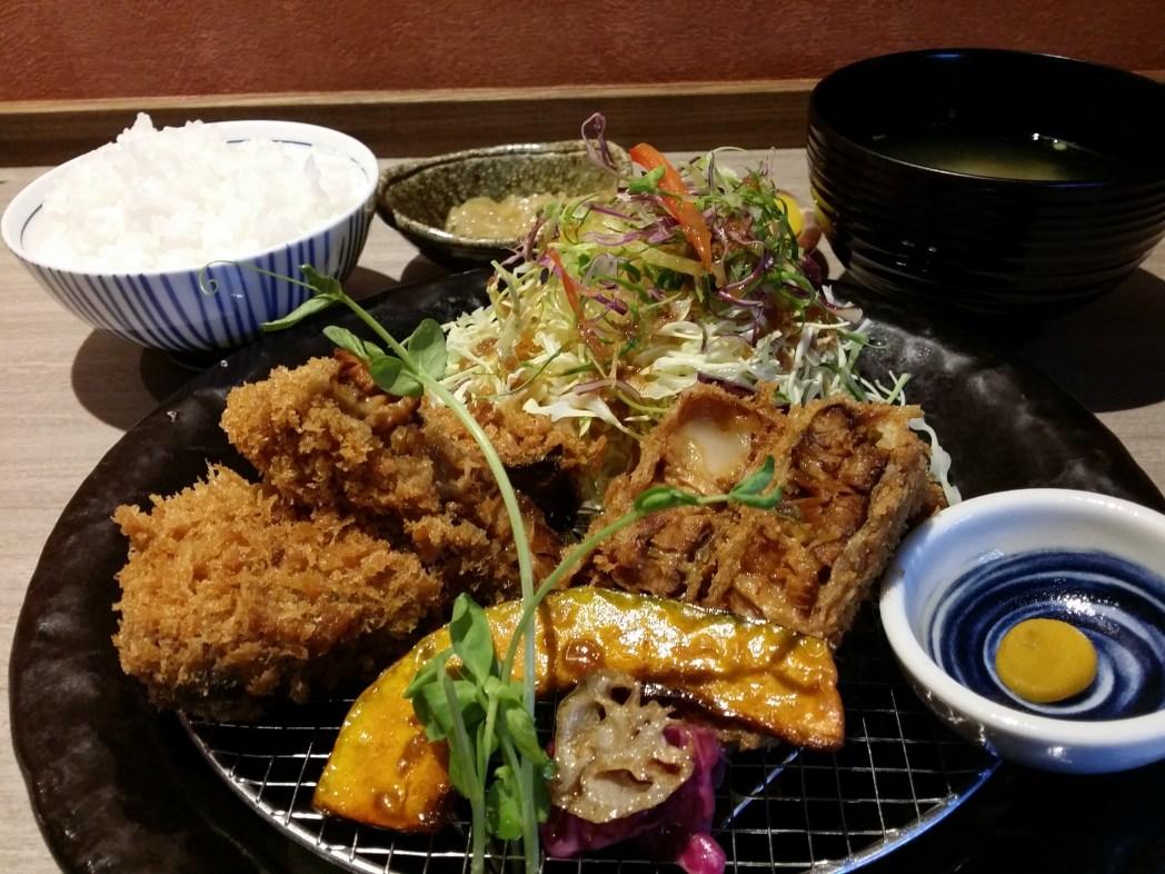 長崎新グルメの「角煮かつ」