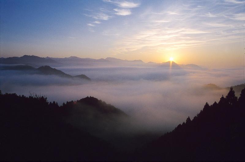 国見ヶ丘で観られる雲海
