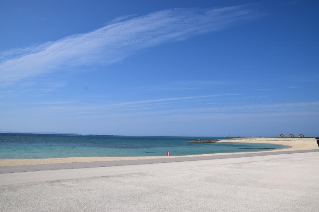 県内最大級の美しい人工ビーチ「豊崎美らSUNビーチ」