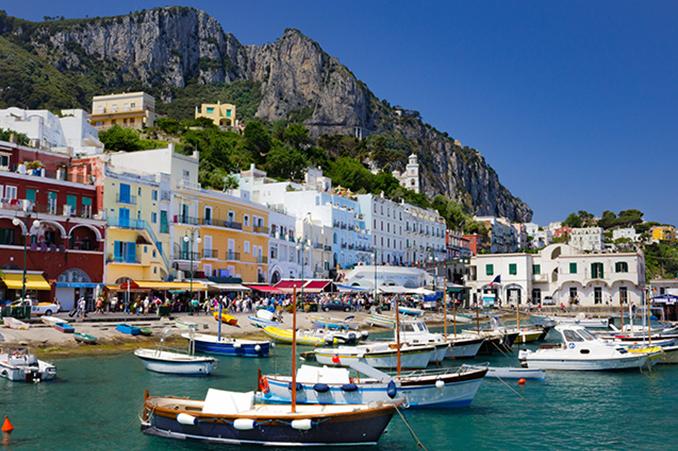 南イタリアの観光名所、カプリ島