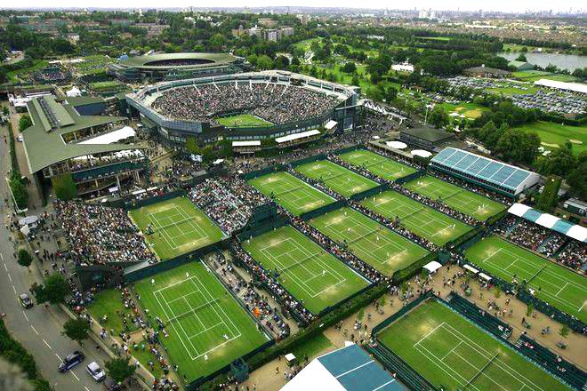 ロンドン西部のウィンブルドンにある、「オールイングランド・ローンテニス・アンド・クローケー・クラブ」