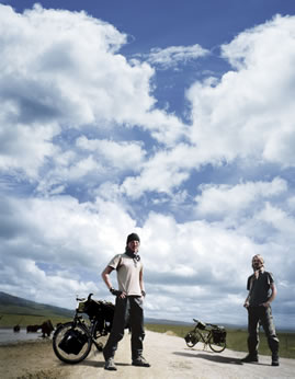 『僕たちのバイシクルロード~7大陸900日~』(2010年公開)