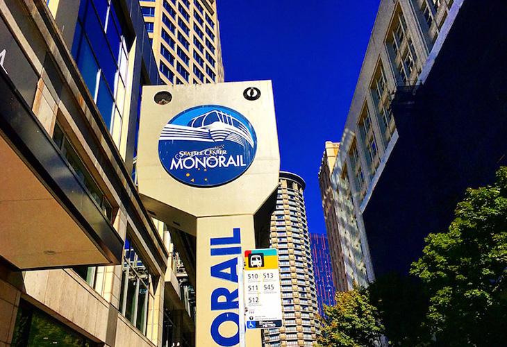 シアトル観光に便利なモノレールと観光施設がお得になるシティパス
