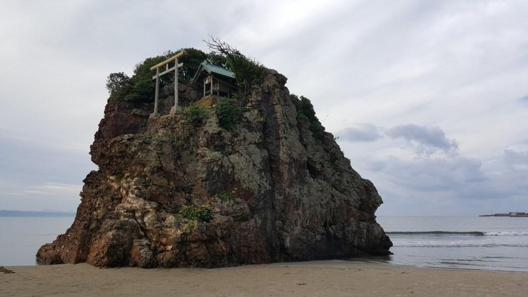 出雲大社より1キロメートル西方にある稲佐の浜