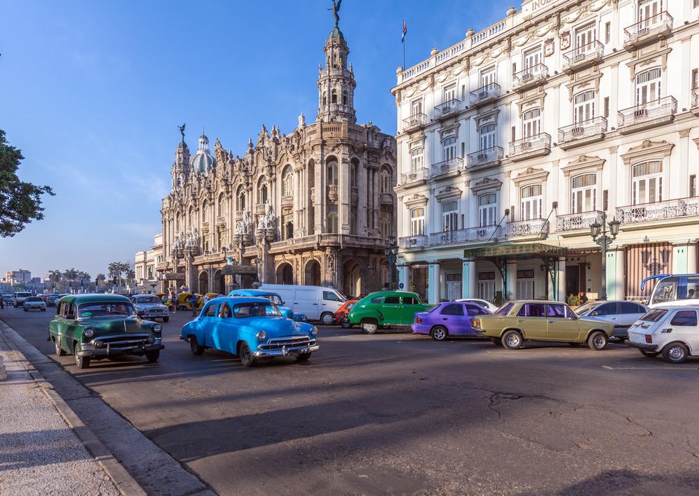アメリカのクラッシックカーが残るキューバ