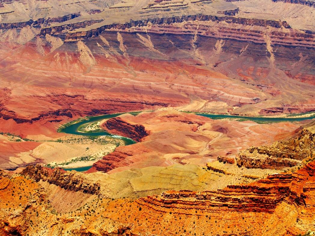 リパン・ポイント 大きく蛇行するコロラド川