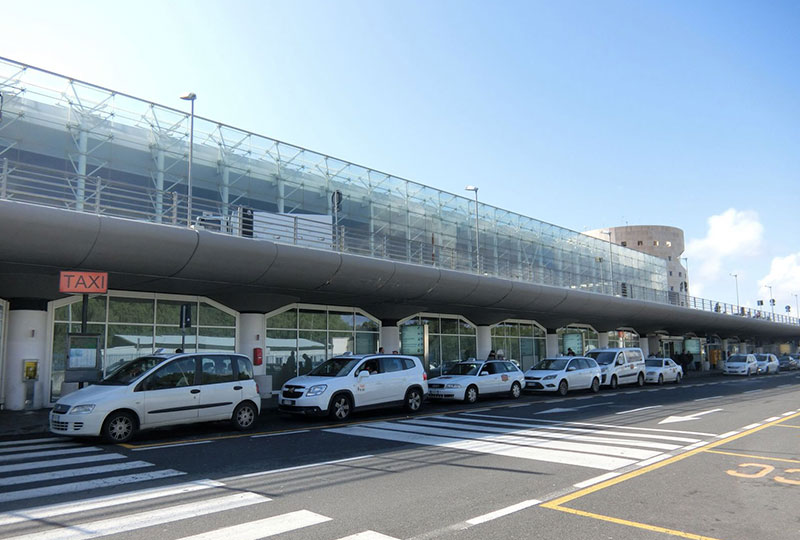 イタリアの正規タクシー