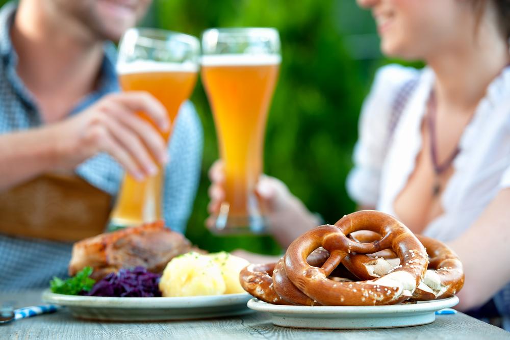 ドイツ、オクトーバーフェスト、ビールと食べ物