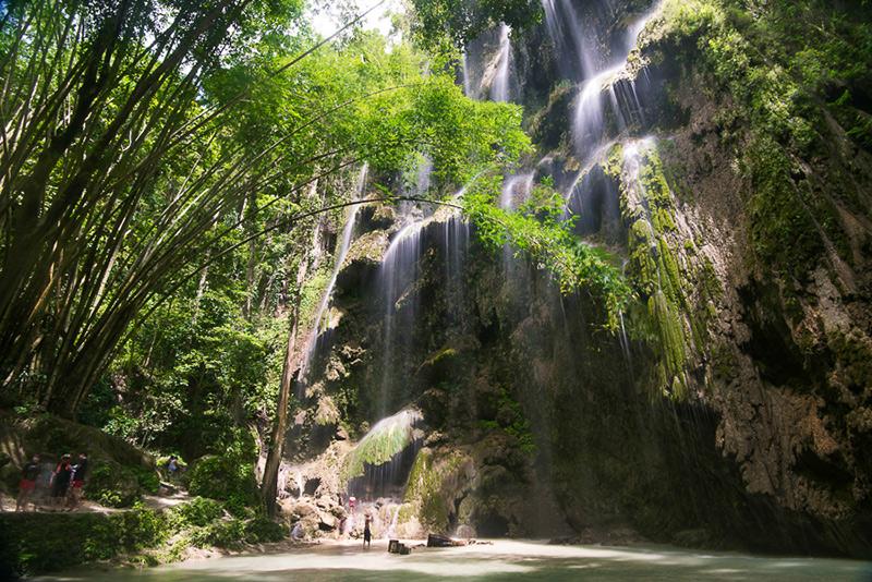 Tumalog Falls、フィリピン