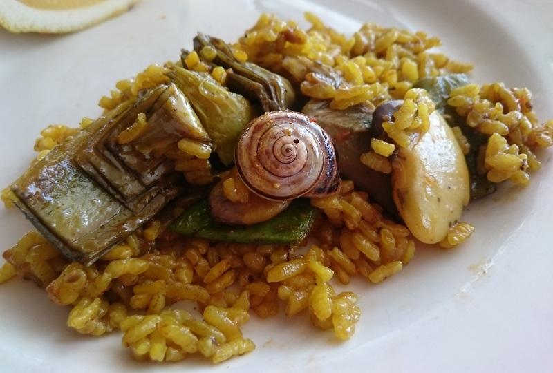 本場で食べるバレンシア風パエリア