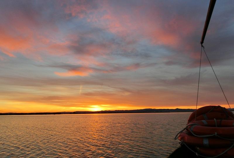 夕日がきれいなアルブフェラ湖
