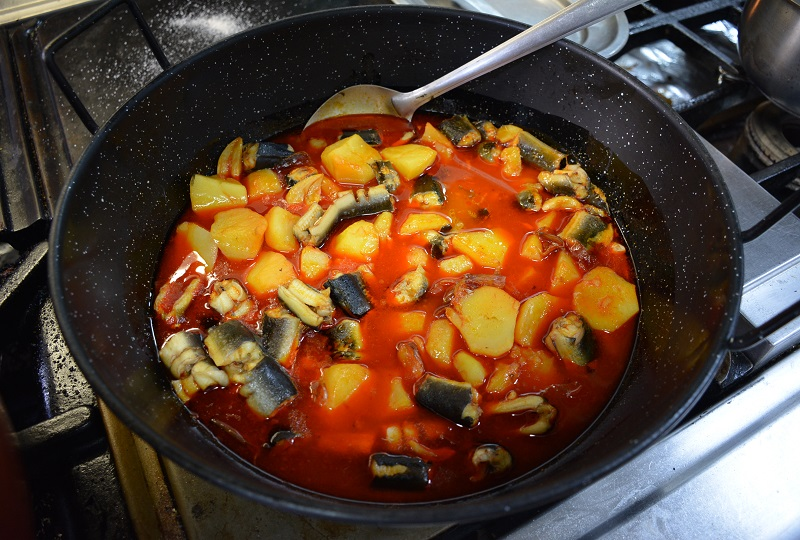 パプリカ風味の郷土料理、アリペブレ