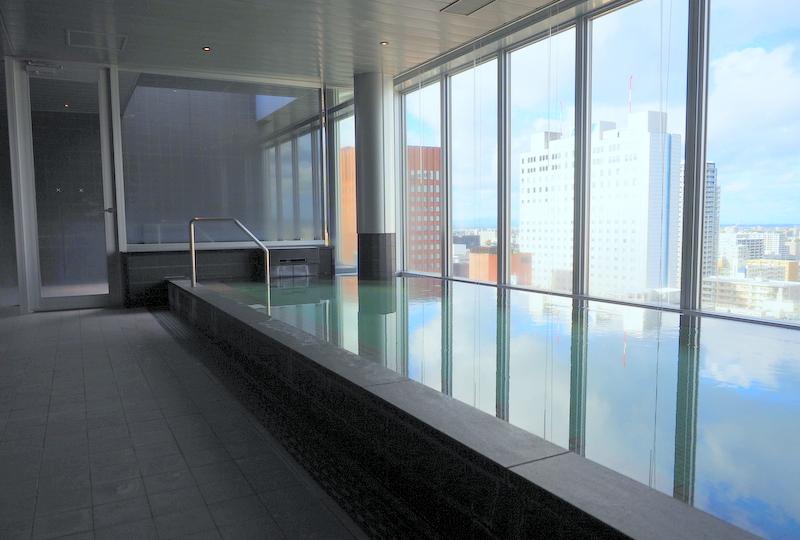 露天風呂がある最上階18階の展望浴場