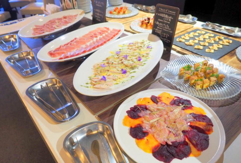 北海道産食材にこだわったレストラン「アッシュ」