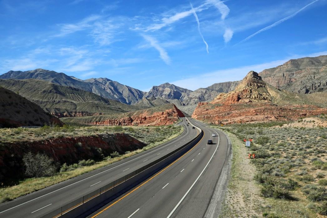 ザイオン国立公園へはラスベガスか、ソルトレイクシティから向かう